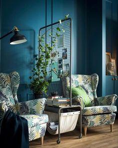 Sweet Home: Raumtrenner – 10 schöne Möglichkeiten, sich zu trennen | Der Bund Ikea Room Divider, Bamboo Room Divider, Living Room Divider, Living Room On A Budget, Home Living Room, Living Room Designs, Living Spaces, Relax, Small Sofa