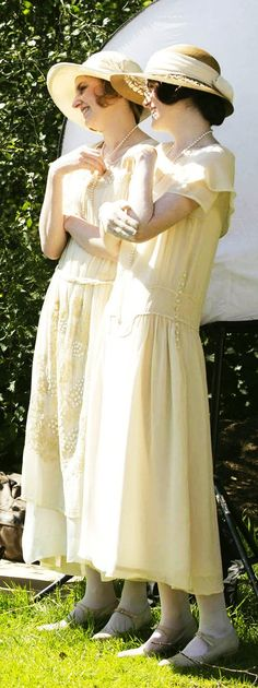 loved the way these two finally started acting like, you know, SISTERS after Sybil... *sniff*