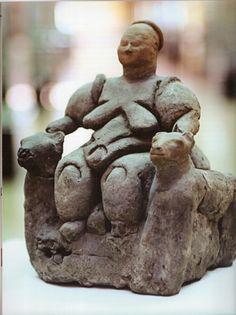 Çatalhöyük, Mother-Goddess figurine, Baked clay, level II..James Mellaart (Erdinç Bakla archive)  1 Repin