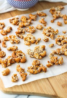Honey Roasted Sesame Cashew Clusters are a naturally-sweetened, healthy snack of honey-covered cashews roasted with kosher salt and sesame seeds. Just four ingredients needed for these easy nut clusters!