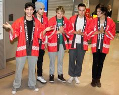 One Direction llevan la fiebre de las 'boyband' a Japón #cantantes #música #celebrities #people