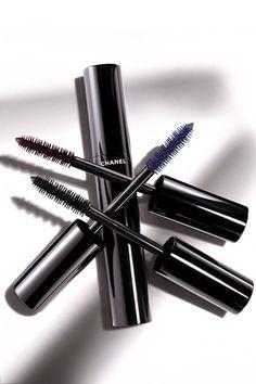 Le Volume De Chanel Mascara Review Vending Machine (Vogue.com UK)