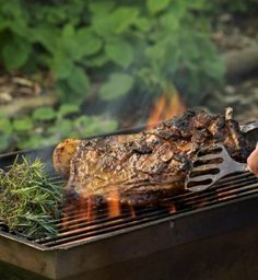 Ribs, both lamb and pork, are traditional braai favourites. Pre-cooking the ribs in Chicken Stock before braaing is the secret to success. Braai Recipes, Rib Recipes, Barbecue Recipes, Lamb Ribs, South African Recipes, Bbq Ribs, Allrecipes, Pork, Traditional