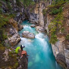 The wonders of nature. // : relaxing at the Kootenay National Park British Columbia. Hiking Places, Places To Travel, Places To Visit, Yosemite National Park, National Parks, Wonderful Places, Beautiful Places, Peaceful Places, The Blue Planet