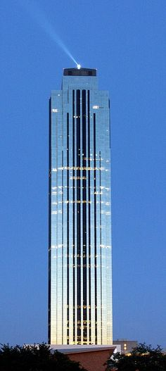 Williams Tower, former Transco Tower, Houston by Philip Johnson and John Burgee Architects :: 64 floors, height 274m
