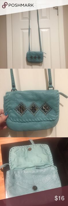 Candies Studded Teal Crossbody Teal purse Used maybe 1-2 times. Adorable crossbody bag complete with magnetic closure . **shop my closet and bundle and save for discounts** Candie's Bags Crossbody Bags