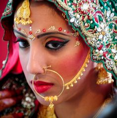 Nice Traditional Indian Clothing Traditional Indian Bride... Check more at http://24shopping.cf/my-desires/traditional-indian-clothing-traditional-indian-bride/