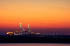 "https://flic.kr/p/dQ129n | Incheon Bridge | Incheon Bridge, the longest bridge in Korea, Rep.. 대한민국에서 가장 긴 다리인 인천대교.  ---------- This photo is registered on the 'OGQ Backgrounds HD' app. <a href=""http://bgh.ogqcorp.com/"" rel=""nofollow"">bgh.ogqcorp.com/</a>  Thank you for 5,000 hits!"