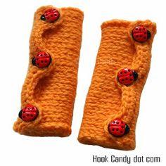 Hook Candy Crochet Patterns - free wrister pattern Crochet Car, Crochet Girls, Crochet For Kids, Crochet Crafts, Crochet Clothes, Crochet Projects, Free Crochet, Easy Crochet, Sewing Crafts