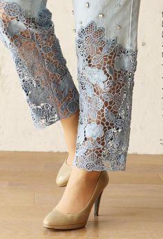 Sleeves Designs For Dresses, Dress Neck Designs, Stylish Dress Designs, Pakistani Fashion Casual, Indian Fashion Dresses, Pakistani Dress Design, Kurta Designs Women, Salwar Designs, Artisanats Denim