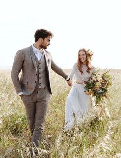 Linen Wedding Suit, Vintage Wedding Suits, Wedding Linens, Wedding Men, Green Wedding, Mens Wedding Style, Wedding Groom, Mens Summer Wedding Suits, Brown Suit Wedding