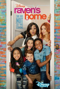 Raven's Home: Raven Returns to Disney with a New Spinoff Stars Disney Channel, Disney Channel Movies, Disney Channel Shows, Disney Shows, Series Da Disney, Film Disney, Disney Movies, Disney Pixar, Raven Symone