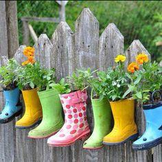 Rain boots herb garden.  Share with Katie for her herb garden idea!