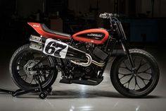 The new Harley-Davidson XG750R #FlatTrack! Si duda alguna este nuevo modelo de #HarleyDavidson se convertirá en la diosa de las pistas de tierra | caferacerpasion.com