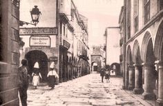 1er cuarto siglo XX. Santiago de Compostela #fotosantiguas Nova, Madrid, Spanish, The Past, Street View, Retro, Pictures, Antique Photos, History
