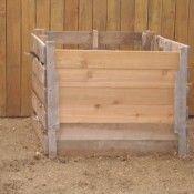 Doe het zelf compostbak van vier pallets