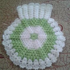 Most popular fiber models 2019 – Bathroom decor ideas - Bedroom Decor ideas Baby Knitting Patterns, Hand Knitting, Crochet Patterns, Puff Stitch Crochet, Crochet Carpet, Knitted Baby Clothes, Manta Crochet, Doilies, Diy And Crafts