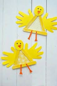Searching for easy and innovative ideas for Easter crafts for kids? Check out some really fun Easter craft ideas for preschoolers. Easy Easter Crafts for Kids – Preschoolers, Toddlers, Kindergarten Spring Crafts For Kids, Easter Crafts For Kids, Art For Kids, Easter Crafts For Preschoolers, Crafts Toddlers, Kids Diy, Crafts With Baby, Art For Kindergarteners, Fall Kid Crafts