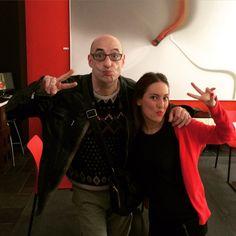 """En ocasiones recibimos a #clientes muy especiales. El pasado año estuvo con nosotros el polifacético Félix Álvarez """"Felisuco"""". Vaya semana de risas que pasamos. En la imagen nuestra compañera Sara.  #Hotel #Málaga #VIP #teatro #humor"""