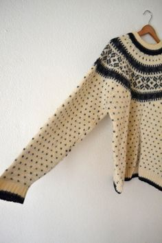 Vtg Wool Sweater by standswithafist on Etsy