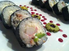Disfruta de este sushi en @GlassGastro