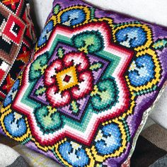 Needlepoint Pillows, Needlepoint Patterns, Perler Patterns, Hand Embroidery Stitches, Crewel Embroidery, Cross Stitch Embroidery, Cross Stitch Charts, Cross Stitch Designs, Cross Stitch Patterns