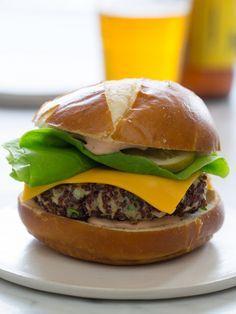 Big Veg Quinoa Burger | Vegetarian Burger recipe | Spoon Fork Bacon