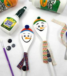 Learn to make Wooden Spoon Snowmen