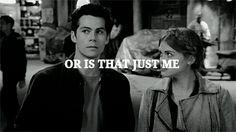 Quando voce olha para a pessoa que gosta, e ela olha de volta...stydia <3