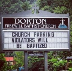 The best part about funny church signs is that most of them are not meant to be funny but how they are worded can make them hilarious. Church Sign Sayings, Funny Church Signs, Funny Road Signs, Church Memes, Church Humor, Religious Humor, Christian Humor, Christian Sayings, Light Of Life