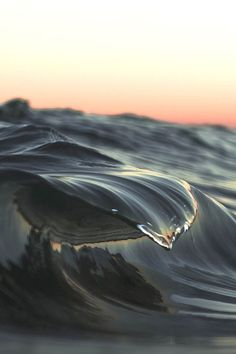 Awesome Ocean Wave And Surfing Photography Ideas You've Seen Before Water Waves, Ocean Waves, Sea And Ocean, Ocean Beach, All Nature, Belle Photo, Under The Sea, Beautiful World, Beautiful Ocean