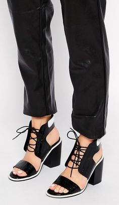 6f40cfe80ed Cute Summer sandals you can wear to work  Senso Riley Strappy Black Leather  Heeled Sandals