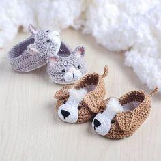 Crochet Baby Booties Crochet Knitting: M - maallure Booties Crochet, Crochet Baby Boots, Knit Baby Booties, Crochet Baby Clothes, Newborn Crochet, Crochet Slippers, Cute Crochet, Crochet For Kids, Crochet Dolls