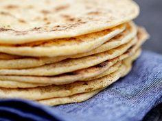 Glutenfritt tortillabröd | Recept från Köket.se Sugar Free Baking, Gluten Free Baking, Gluten Free Recipes, Healthy Recipes, Savoury Baking, Bread Baking, Tortilla Bread, Dairy Free Bread, Gluten Free Tortillas