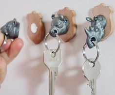 key holder. YES PLEASE! Maybe self made with painted plastic animals from the fleemarket?