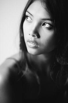 LiamCollard_Photography_Editorial_Portraits_Thailand_2.jpg (853×1280)