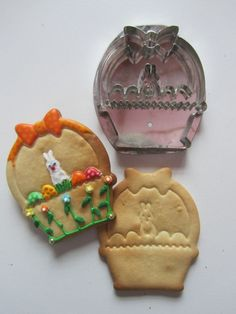Hammer Song bunny in a basket cutter No Fail Sugar Cookie Recipe, Sugar Cookies Recipe, Animal Cookie Cutters, Metal Cookie Cutters, Vintage Cookies, Easter Cookies, How To Make Cookies, Easter Baskets, Cookie Decorating