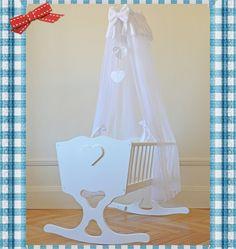 "Wooden, handmade beautiful baby cradle / crib ""Cœur"" with foam mattress"
