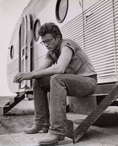 James Dean | cowboy | iconic | think | ponder | caravan | trailer | on set | vintage #cowboy #fashion At Eagle Ages we loves cowboy boots. You can find a great choice of second hands & vintage cowboy boots in our store. https://eagleages.com/shoes/boots/men-boots/cowboy-boots.html