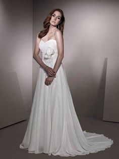 A-line Sweetheart Chiffon Court Train Flower(s) Wedding Dresses Shop uk