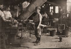 The History Place - Child Labor in America 1908-12: Lewis Hine Photos - The Factory