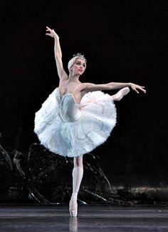 ♫♪ Dance ♪♫ Marianela Nunez, Swan Lake - Royal Ballet