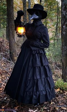 Doctor Halloween Costume, Halloween Costume Contest, Funny Halloween Costumes, Halloween Ideas, Costume Works, Cosplay, Magic Art, Halloween Disfraces, Celebrities