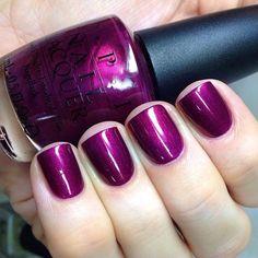 OPI Diva of Geneva. This color is amazing Fabulous Nails, Perfect Nails, Gorgeous Nails, Fancy Nails, Cute Nails, Pretty Nails, Nail Polish Colors, Purple Nail Polish, Opi Nail Polish