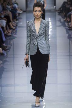 Défilé Giorgio Armani Privé Haute Couture automne-hiver 2016-2017 17