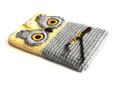 Hey, diesen tollen Etsy-Artikel fand ich bei http://www.etsy.com/de/listing/129927521/baby-owl-ipad-mini-sleeve