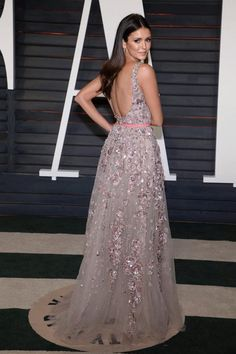 Nina Dobrev, oscars 2016, after party, elie saab, sexy, look, tenue, style, the vampire diaries, vanity fair