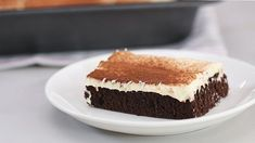 This chocolate cake is made with the powdered chocolate drink mix Milo and it's everything we want in a cake. Serve with a side of ice cold Milo for a double dose of the stuff. Ice Chocolate Drink, Gooey Chocolate Cake, Chocolate Frosting Recipes, Chocolate Lasagna, Chocolate Desserts, Milo Cake, Cake In A Can, Christmas Chocolate, Yummy Cakes