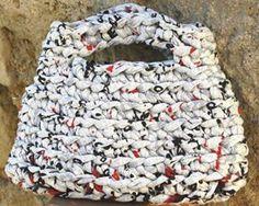 """lovely people :) Hecho con amor y con nuestros materiales, por """"Fetacasa""""  #diy #handmade #crochet #knit #crochetxl #knitted #sacocharte"""
