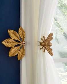 Uniquely charming and practical, this gold bee can be used as a hook or as a curtain tieback. Gold Curtains, Modern Curtains, Diy Curtains, Curtain Tie Back Hooks, Curtain Holder, Home Design, Curtain Designs, Home Decor Furniture, Vintage Furniture